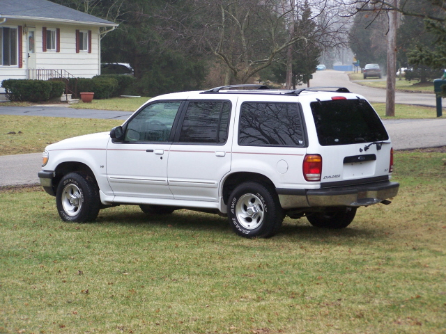 98 ford explorer xlt for sale. Black Bedroom Furniture Sets. Home Design Ideas