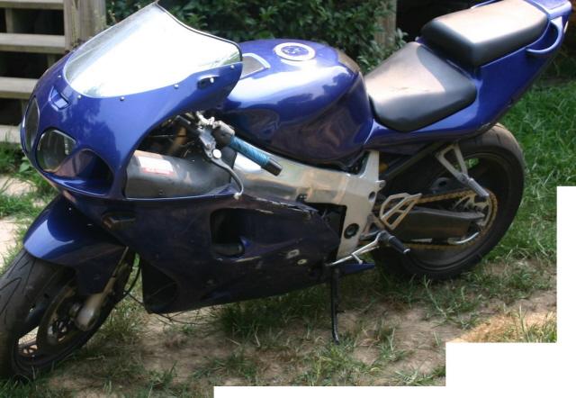 Contact JEREMIAH SPEARMAN Phone 770 533 3080 MakeModel 1999 Kawasaki Ninja ZX7R Color Royal Blue Year Mileage 20000 Price 350000