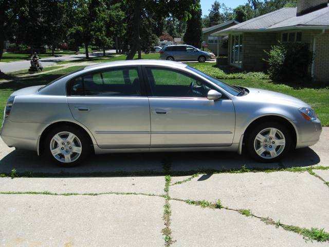 02 Nissan Altima For Sale